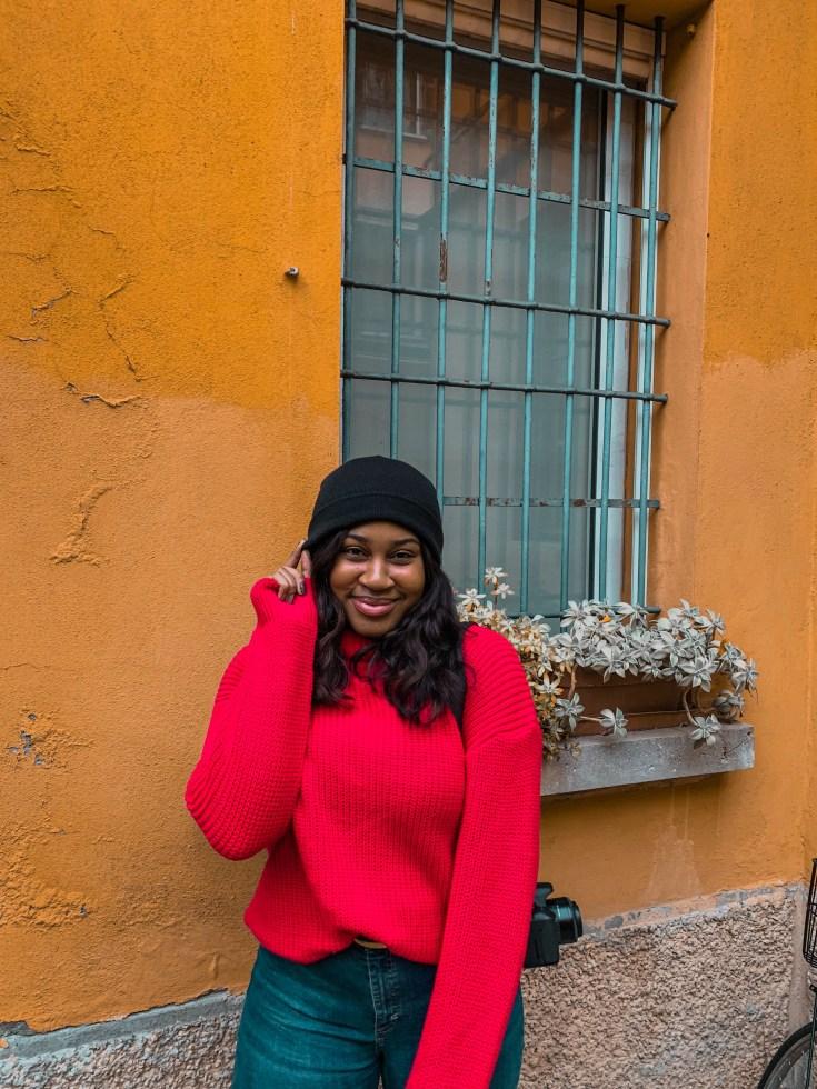 An image of UK photographer- Yossy Akinsanya