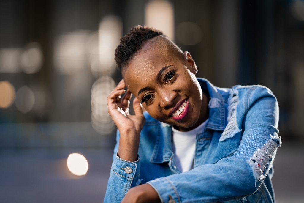 Sharon Manatsa - gospel artist